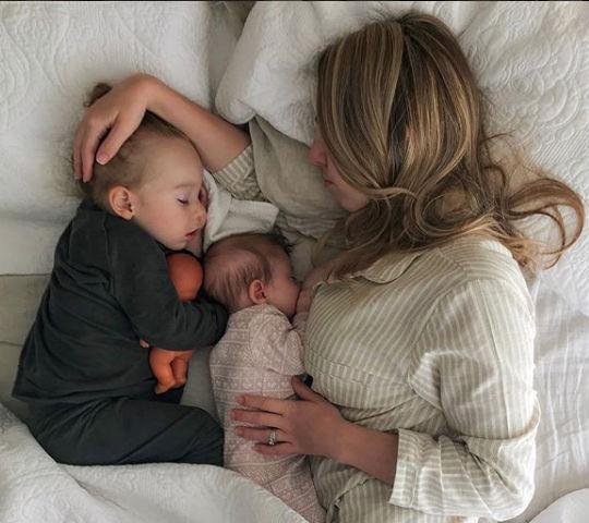 Resultado de imagen para mamá y bebé